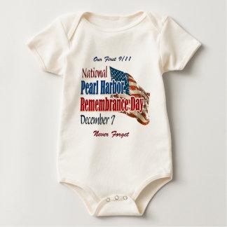 Día nacional del Pearl Harbor Body Para Bebé