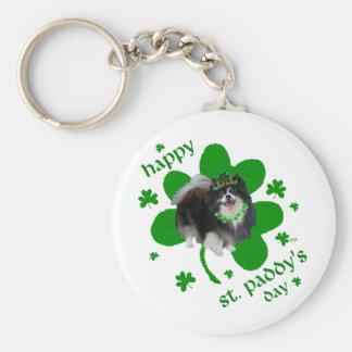 Día negro del St Patricks de Pomeranian Llavero Redondo Tipo Pin