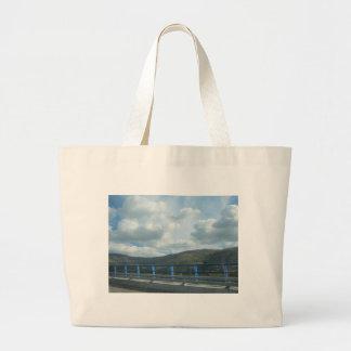 Día nublado 2 bolsa lienzo