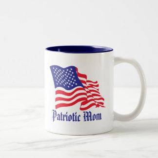 Día patriótico de la mamá/de madre taza de café de dos colores