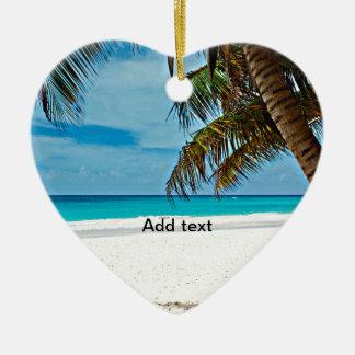 Día Plantilla-Soleado del paraíso tropical en la Adorno Navideño De Cerámica En Forma De Corazón