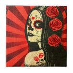 Día rojo del vintage del chica muerto tejas  cerámicas