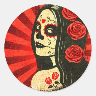 Día rojo del vintage del chica muerto pegatina redonda