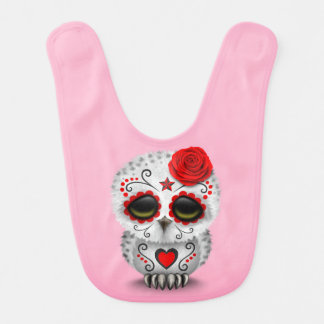 Día rojo lindo del rosa muerto del búho del cráneo baberos de bebé