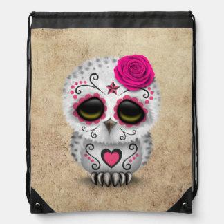 Día rosado lindo del búho muerto del cráneo del mochila