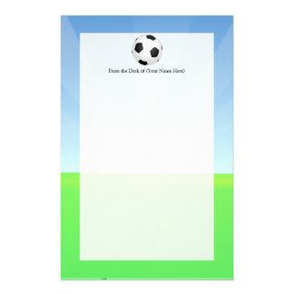 Día soleado del balón de fútbol papeleria de diseño