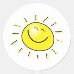 ¡Día soleado, sol sonriente, día a sonreír! Pegatina Redonda