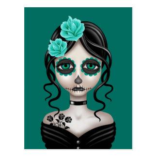 Día triste del chica muerto en azul del trullo postal