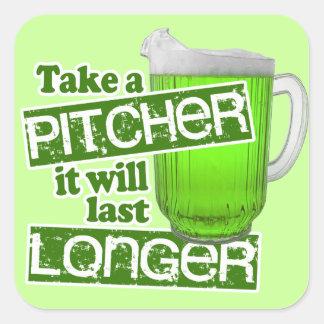 Día verde divertido de la cerveza pegatina cuadrada