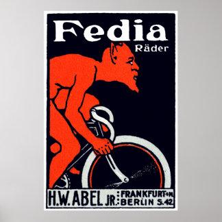 Diablo 1920 que monta una bicicleta póster
