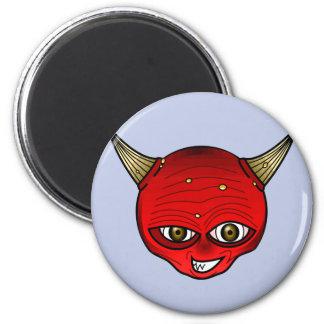 Diablo rojo con mueca del mal de los cuernos imán redondo 5 cm