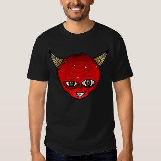 Diablo rojo con mueca del mal de los cuernos polera