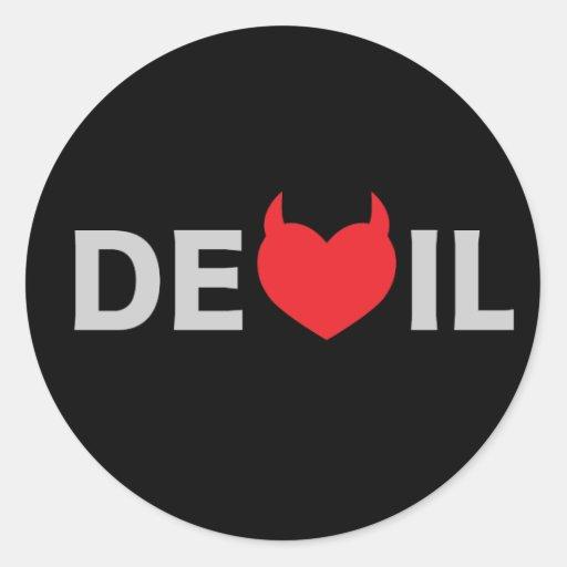 Diablo y corazón pegatina redonda