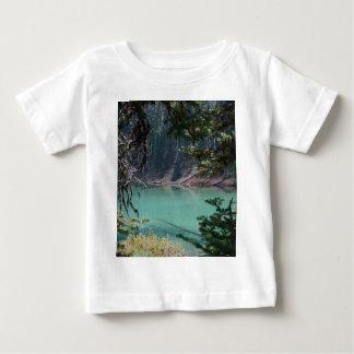 Diablos lago, Oregon de la turquesa Playera De Bebé