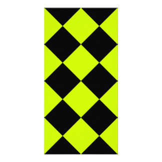 Diag Checkered Large-Black and Fluorescent Yellow Card