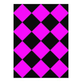 Diag Checkered Large - Black and Fuchsia Card