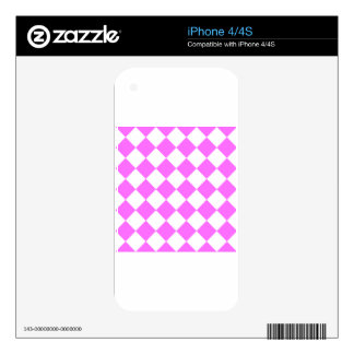 Diag Checkered - White and Ultra Pink iPhone 4S Skins