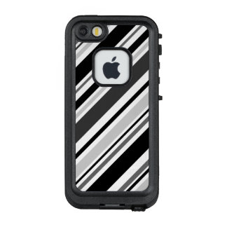 Diagonal Gray, Black, White Stripes LifeProof FRĒ iPhone SE/5/5s Case