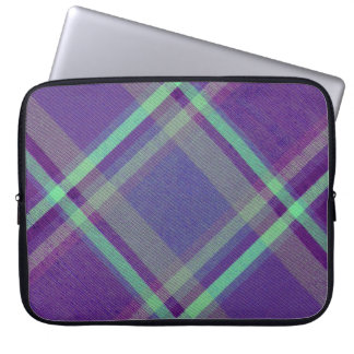 Diagonal Plaid Computer Sleeve
