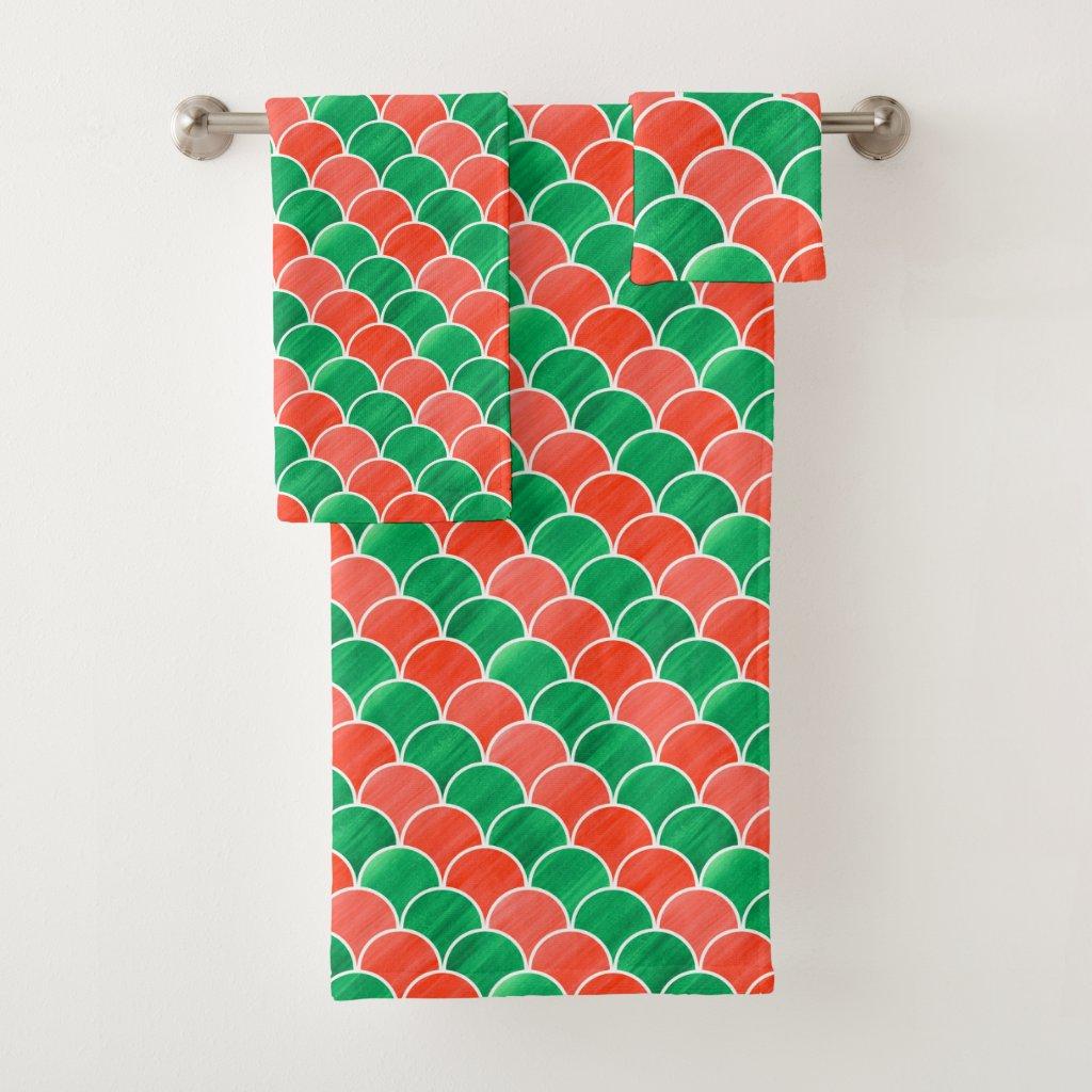 Diagonal Red Green Gouache Scale Pattern Towel Set