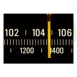 Dial de radio de AM/FM - invitación del fiesta Tarjeta De Felicitación