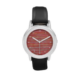 Dial rojo de la chispa de los hilos de la energía reloj de mano