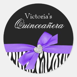 Diamante púrpura Quinceanera del arco de la cebra Pegatina Redonda
