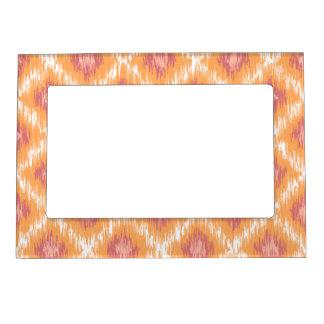Diamante tribal abstracto anaranjado Pattrn de Marcos Magneticos
