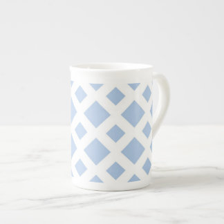 Diamantes azules claros en blanco taza de porcelana