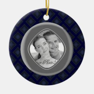 Diamantes del terciopelo (azules) (boda) adorno redondo de cerámica