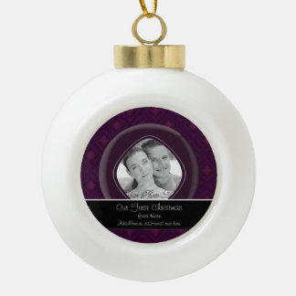 Diamantes del terciopelo (púrpuras) (boda) adorno de cerámica en forma de bola