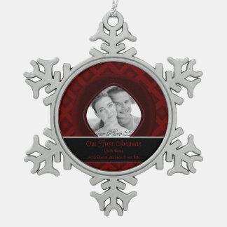 Diamantes del terciopelo (rojos) (boda) adorno de peltre en forma de copo de nieve