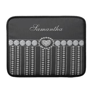 Diamantes en negro con el monograma del corazón fundas macbook air
