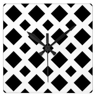 Diamantes negros en blanco reloj cuadrado