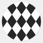 Diamantes negros y blancos pegatina redonda