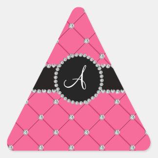 Diamantes rosados del penacho del monograma pegatina triangular