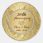 Diamantes y aniversario de boda del oro 50.o pegatina redonda