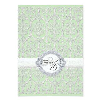 Diamantes y cordón verdes y de plata, dulce invitacion personal