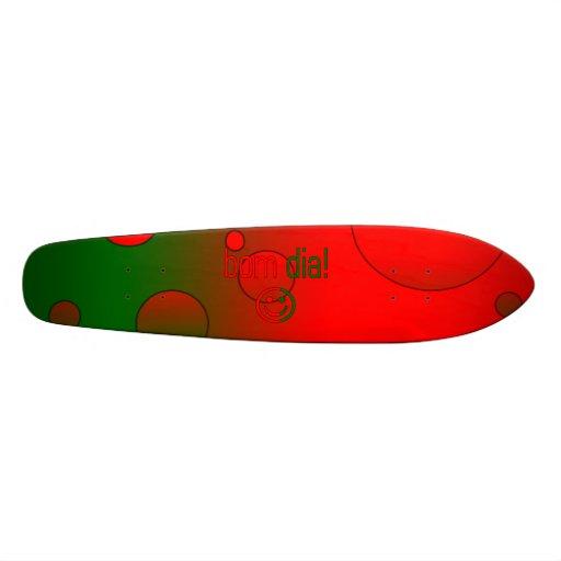 ¡Diámetro de Bom! La bandera de Portugal colorea a Monopatin
