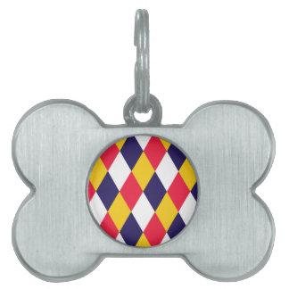 Diamond cratch pattern pet name tag