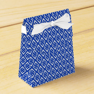 Diamond pattern - cobalt blue and white favor boxes