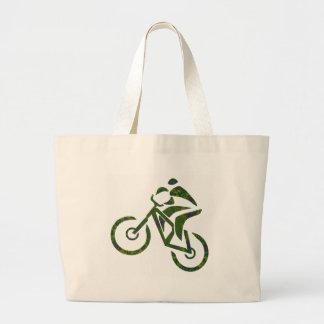 Diapositiva del verde de la bici bolsa