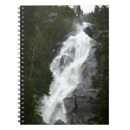 Diario canadiense del paisaje del cuaderno de la c