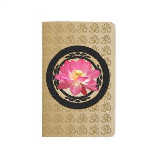 Diario de OM de la flor de Lotus Cuadernos Grapados