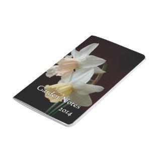 Diario del jardín del bolsillo de los narcisos de  cuadernos grapados