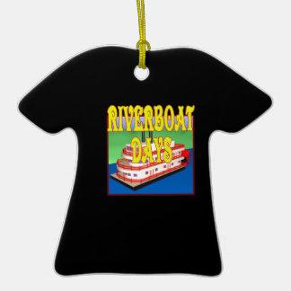 Días de la barca adorno de cerámica en forma de camiseta
