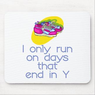 Días de RunnerChick Mousepads