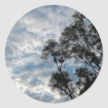 días nublados pegatina redonda