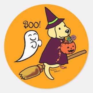Dibujo animado amarillo 1 de Halloween Labrador Etiqueta Redonda
