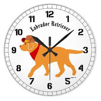 Dibujo animado amarillo del vaquero de Labrador Reloj Redondo Grande